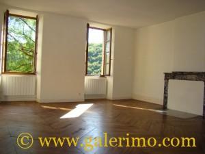 tarn et garonne appartement for rent CAYLUS, T3 de 110m²